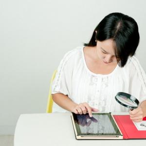 「通知をOFFに!」「自分なら親近感が湧く」 iPadを使った講義中に起きたトラブル報告に笑いが広がる