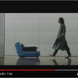 どの空港にもいてくれるといいな 荷物を運んで誘導してくれるKLMオランダ航空の最新ロボット『Care-E』