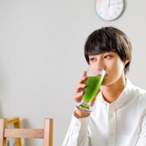 高崎翔太が『緑効青汁』新CMキャラクターに! 1日カフェ店長イベントも決定!