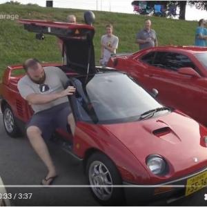 25年の時を経てアメリカの車好きに注目されるオートザムAZ-1