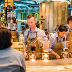 """""""コーヒーの国""""イタリア・ミラノに""""スターバックス""""が初出店"""