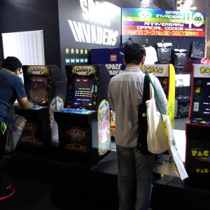 東京ゲームショウ 2018:若干小さめがいい感じ アーケードゲームのアップライト筐体を3/4スケールで再現した『ARCADE1UP』がタイトーブースでプレイアブル出展
