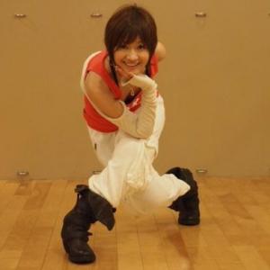 """カーヴィーダンスで大人気! 樫木先生がいつも腕につけている""""アレ""""って何?"""