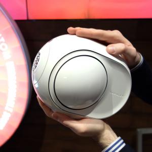 デビアレの高音質ワイヤレススピーカーがコンパクトになって国内発売 『Phantom REACTOR』は15万9000円から