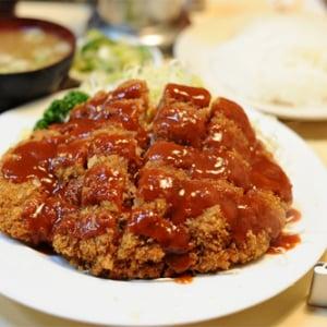 【日曜版】大井町にあるメンチカツの王国『キッチン ブルドック』に行ってきた【量も大井町】