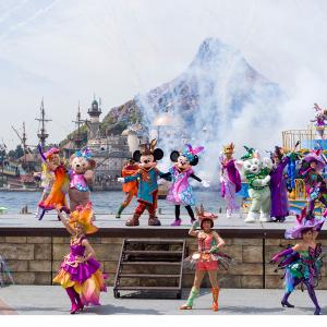 『東京ディズニーリゾート 35周年 アニバーサリー・セレクション』 より2018年公演「ファッショナブル・イースター」映像の一部が解禁!