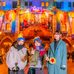 夜空に映えるカラフル&ポップな世界観! 東京ディズニーシー『ピクサー・プレイタイム』写真レポート
