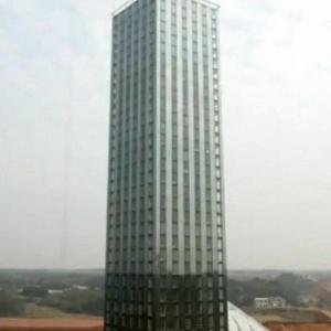 中国が30階建ての高層ビルを360時間(15日)で建設! M9.0にも耐えるアル