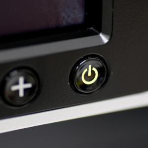 タッチパネルがなくてパニック? PCの電源の落とし方を知らない人増加に世代ギャップを感じる声