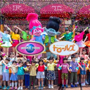つばきファクトリーとトロールズがキッズたちとHAPPY HUG!世界的大ヒットアニメ「トロールズ」大人気記念イベント開催