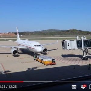 ほぼゴーストタウンのような北朝鮮・平壌国際空港 ホラー映画のワンシーンのような光景がそこに