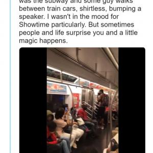 人種も宗教も異なる見知らぬ乗客同士が魅せた車内カラオケショー 『アイ・ウォント・イット・ザット・ウェイ』を大合唱