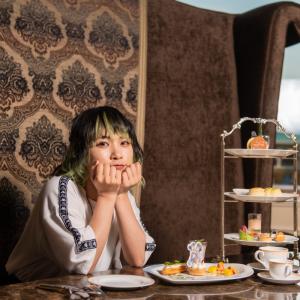和風テイストが涼しげなアフタヌーンティーセットにご注目! ホテル&シーで楽しむ「ディズニー七夕デイズ」モデル:ヤママチミキ(GANG PARADE)
