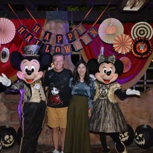ディズニー大好き吉田さんファミリーがツアコンに! 米ディズニーのハロウィンイベントで豪華ツアー開催