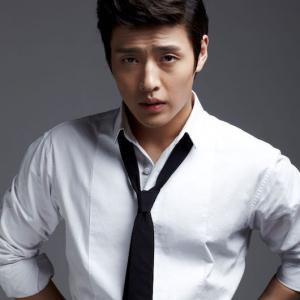 ドラマからミュージカルまで、多才な演技派俳優カン・ハヌル、初の単独来日ファンミーティング開催が決定!  日本での公式ツイッターもオープン!