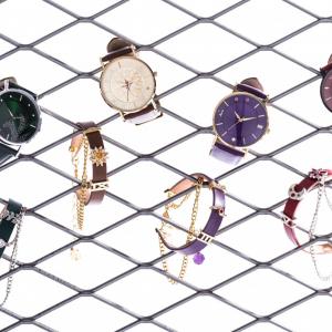 組み合わせても楽しい!『最遊記RELOAD BLAST』三蔵一行4人のカラーとモチーフが詰まった腕時計&ブレスレットが登場