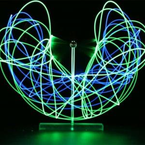 二重振り子が光の軌跡を描く不思議なおもちゃ「カオスメーカー」がMakuakeでクラウドファンディングプロジェクトを公開