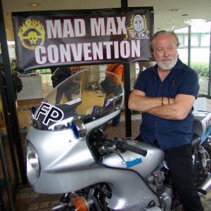 イモータン・ジョー様が降臨なるか! 『マッドマックス』ファンが集う神イベント「MMcon2019」がクラウドファンディング中