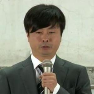河本準一生活保護受給の記者会見 河本「15年間生活保護受けて昔も今も正しかったと認識してる」