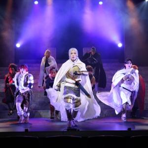 ミュージカル「アルスラーン戦記」若き王太子の成長を木津つばさが澄んだ歌声で体現! 田中芳樹「荒川弘先生の絵がそのまま舞台で躍動しているよう」