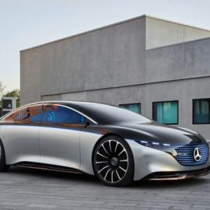 ベンツ初の電気自動車「VISION EQS」 スーパーヒーローが乗ってそう