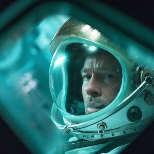 ドでかいヤマを踏みゾンビやドイツ軍と戦う男が次に挑むのは…..宇宙! ブラッド・ピット初の宇宙飛行士役は本人を投影?