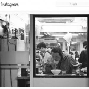 これって昭和? 日常的な現代日本の風景がノスタルジックに変貌を遂げるモノクロ写真
