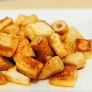 【日曜版】『はんちくバター炒め』を実食してみた【格差の食卓:第11回】