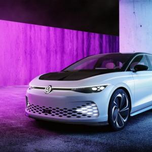 ドアハンドルがない! フォルクスワーゲンが新型電気自動車「ID.SPACE VIZZION」を発表