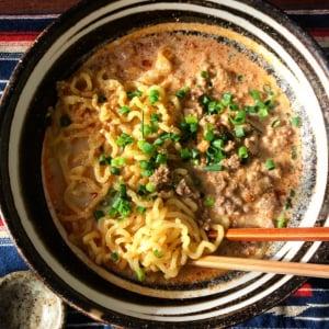 自宅で麺レシピ「練りゴマ不要! 担々麺」がネットで反響