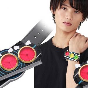 「仮面ライダーオーズ/OOO」変身ベルトをミニチュア化した腕時計登場!タトバコンボとタジャドルコンボを再現できる