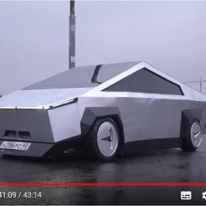 ロシアでサイバートラックの目撃情報が サイバートラックってまだ未発売だよね