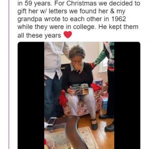 AppleのテレビCMを再現したかのようなクリスマスプレゼント 今年亡くなった祖父と祖母がやりとりしていた1960年代の手紙