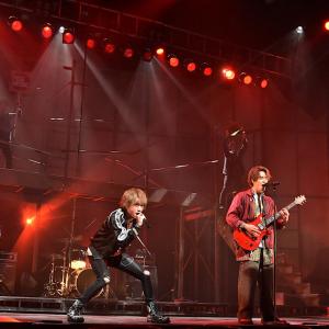 バンド生演奏にダンスも見どころ!人々が音楽に突き動かされる舞台『27-7ORDER-』は等身大のロックな音楽劇