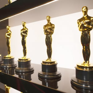 アカデミー賞でオスカーを手にした元サッカー選手とは誰か