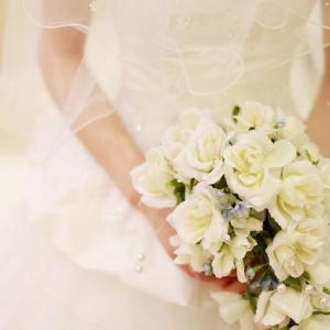 「8時間で500万」。人気ヘアメイクアーティストが花嫁にお金の話をする理由