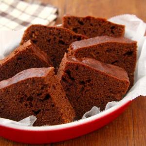 レンジで作れるレシピ「ふんわりココアケーキ」が禁断の味過ぎる「1コンテナ余裕で食べられる」