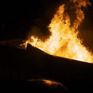 「家があるからヒキこもる!」 自分で自宅を放火し、全焼