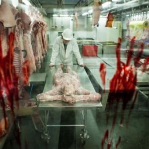 【閲覧注意】『バイオハザード6』発売に便乗して作った人肉市場がリアル過ぎてヤバい