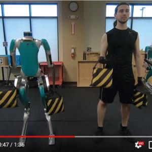 アジリティー・ロボティクスの人型ロボット「Digit」 パーソナルトレーナーとしてもアリなのか