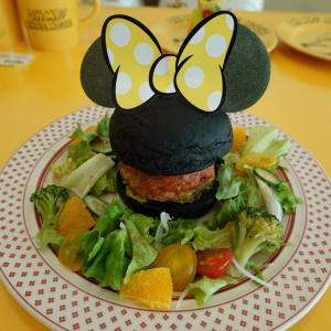 ミニーマウスのOH MY CAFE 名古屋パルコが再開&23日まで 次回はあの超人気作とのコラボカフェだ!