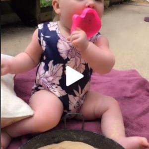 """なんでも口に入れたがる赤ちゃんでも安心な""""食べられる砂場のレシピ""""がこちらです"""