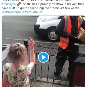 耳が不自由な宅配ドライバーに手話で謝意を伝える女の子が話題 「これが私の愛するイギリスの姿」