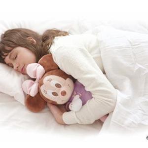 抱きしめるとよく眠れるぬいぐるみ!?タカラトミーアーツ「ハグ&ドリーム/ミニーマウスモデル」