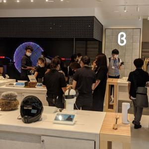 """ガジェットやファッションアイテムを触って試せるサンフランシスコ発の体験型店舗""""b8ta(ベータ)""""が有楽町と新宿に8月1日オープン"""