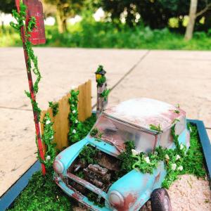 子供に壊された作りかけのプラモが廃車として再生!その高度なリメイク手腕に注目あつまる