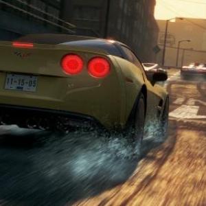 街中を自由に走り飛び回れるオープンワールドレースゲーム『Need for Speed: Most Wanted』