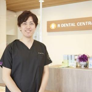 異例のスピードで独立開業したアール歯科クリニック・酒井亮理事長が取り組む「歯科医療とITの融合」と「若手人材の育成」