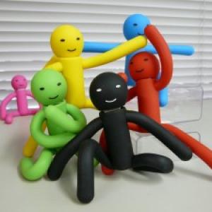 あの笑いと衝撃から半年『緑男USBメモリー』に仲間が増えた!