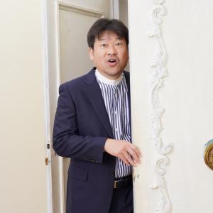 ドラマ『誰かが、見ている』佐藤二朗さんインタビュー「慎吾君も汗っかきで助かりました」